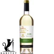 Вино Боставан DOR Traminer & Chardonnay сухое белое 0,7 л.