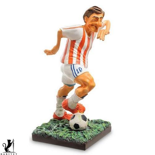 Статуэтка скульптора Guillermo Forchino Футболист h-19.5